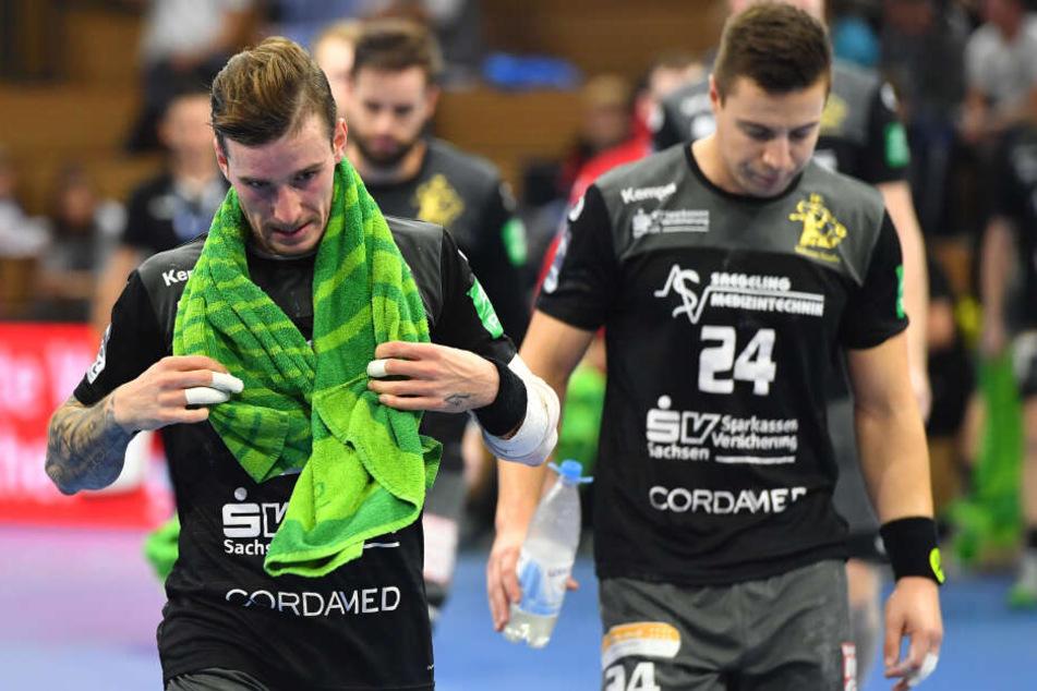 Zur Halbzeit ließen Marek Vanco (links) und Robin Hoffmann die Köpfe noch enttäuscht hängen.