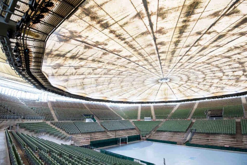 Sanierungsbedürftig ist das Tennisstadion am Rothenbaum mit dem Center Court und dem geschlossenen Dach.