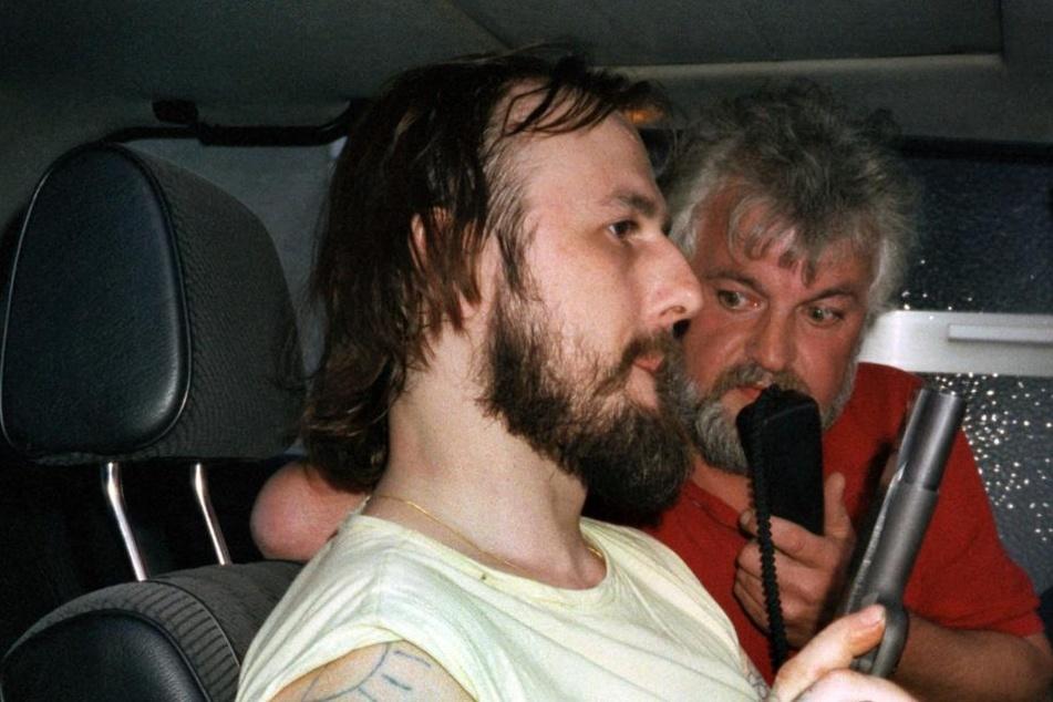 Entführer Hans-Jürgen Rösner gibt am 17.08.1988 während der Irrfahrt im Fluchtwagen ein Interview.
