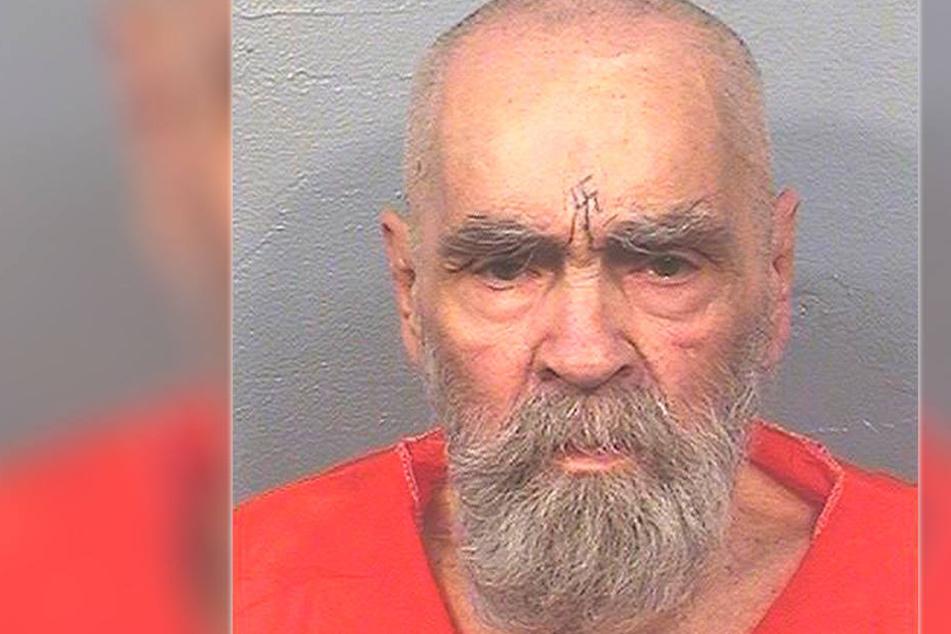 Er hatte ein Hakenkreuz auf der Stirn! US-Serienkiller Manson tot
