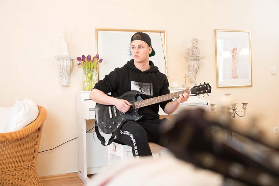 """Auftrittsanfragen hat er jede Menge seit """"The Voice Kids"""". Jetzt sang Gabriel Mommer (15) erstmals einen Song auf Sorbisch."""