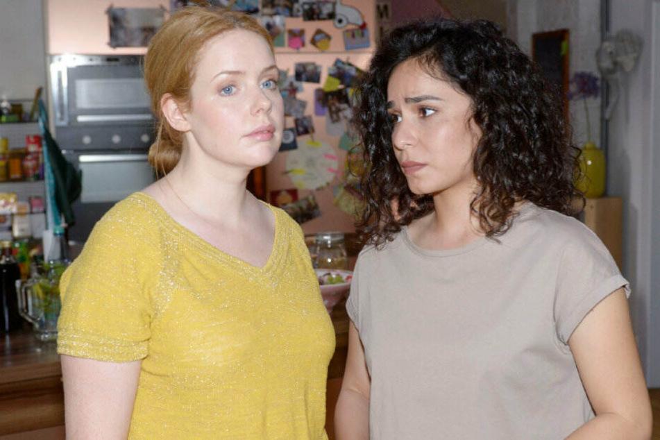 """Shirin kommt nicht damit klar, dass Toni und Erik eine """"Beziehung"""" führen."""