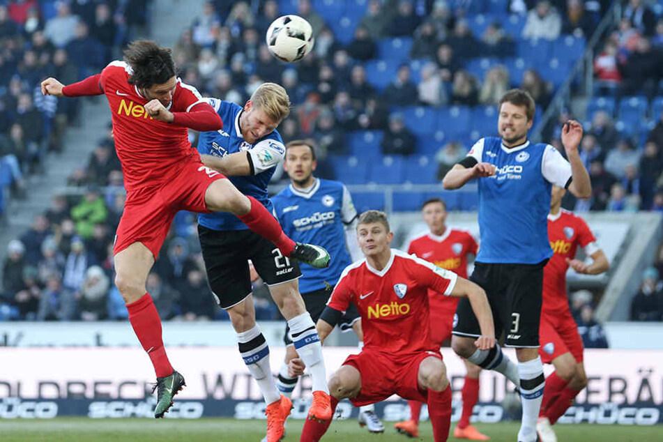Drei wichtige Punkte im Abstiegskampf erkämpfte sich Arminia Bielefeld.