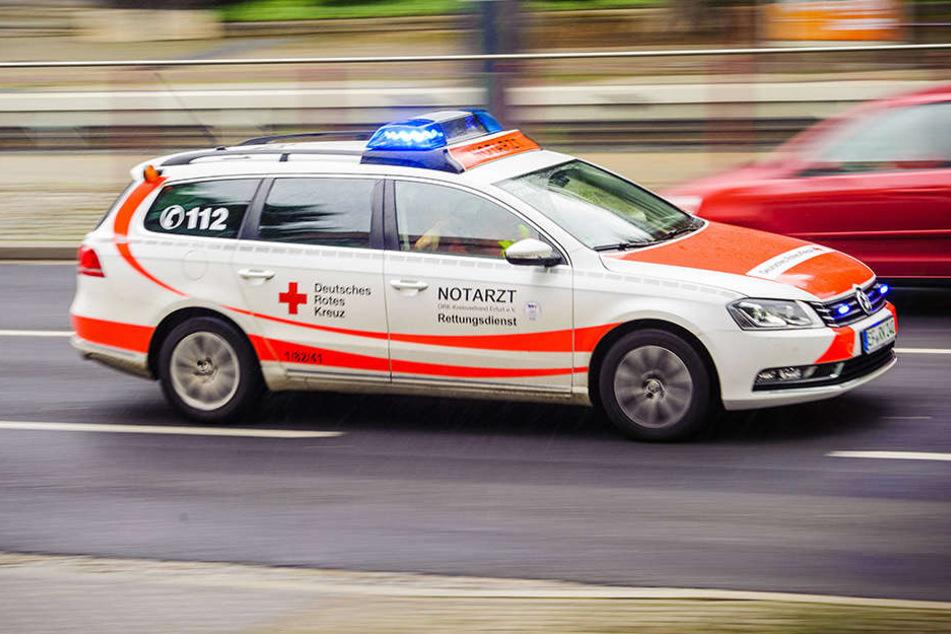 Eine 58-Jährige wurde bei einer Explosion einer Gasflasche verletzt.
