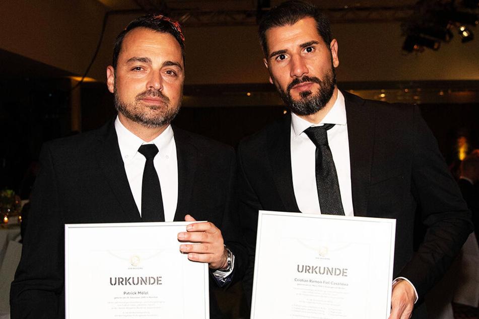 Cristian Fiel (r.)und Patrick Mölzl präsentierten stolz ihre Urkunden.