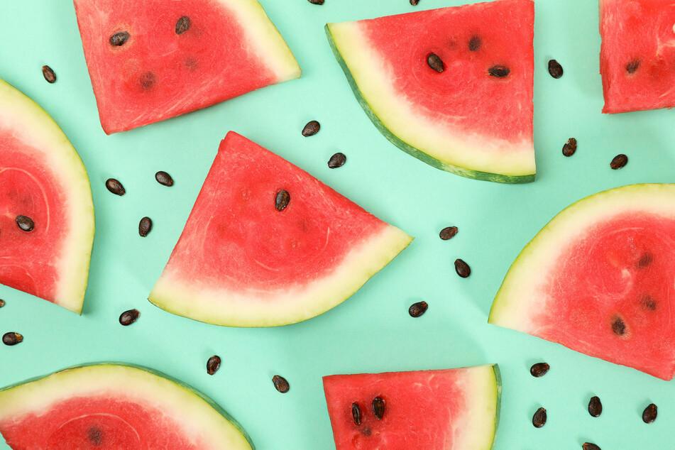 Darf ich Melonenkerne mitessen? Das steckt in der Wassermelone