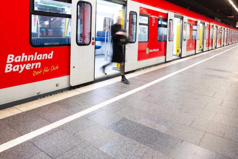Aufatmen in München: Die S-Bahnen im Großraum verkehren planmäßig. Vereinzelt kann es allerdings noch zu Einschränkungen kommen.