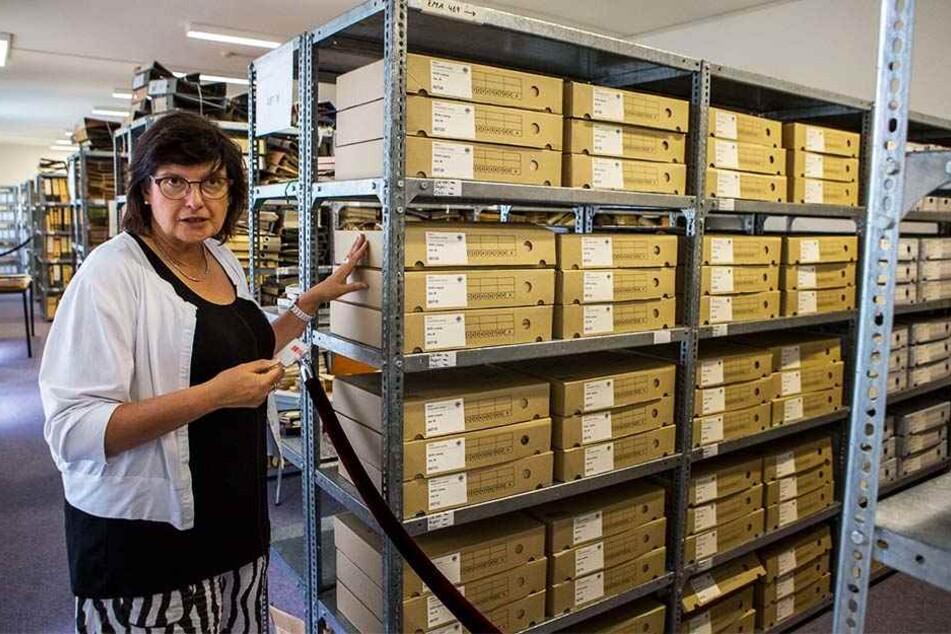 Die Leiterin der Leipziger Außenstelle der Stasi-Unterlagenbehörde, Regina Schild (59), wird am Samstag ihre Archive für WGT-Besucher öffnen.