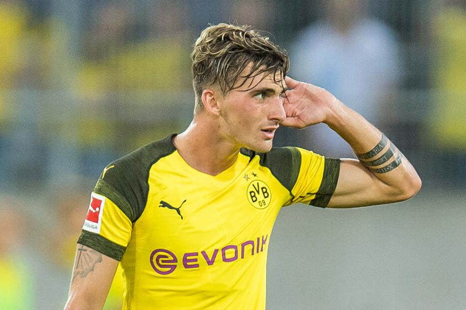 Maximilian Philipp wartet nach wie vor auf den passenden Verein. Die Zeichen in Dortmund stehen jedoch auf Abschied.