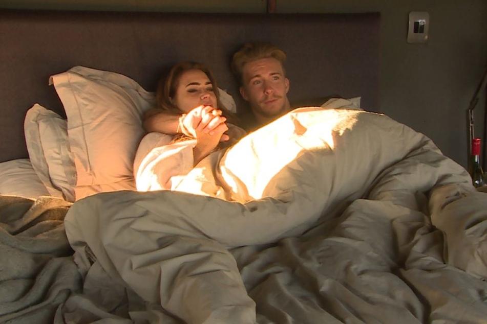 Nach ihrem Einzeldate in Südafrika verbrachten Jessica und David die Nacht gemeinsam.