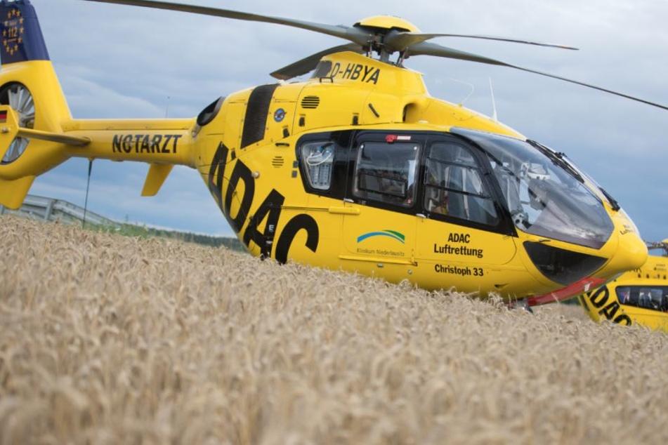 Gleich zwei Rettungshubschrauber wurden angefordert, um die Verletzten in Kliniken zu bringen.