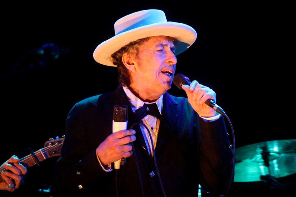 Während seiner beiden Stockholm-Konzerte erhielt Bob Dylan den Nobelpreis. Die Zeremonie musste auf seinen Wunsch hin geheim bleiben.