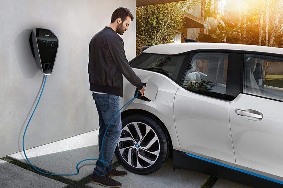 Bis 2025 will BMW 25 elektrifizierte Modelle anbieten.