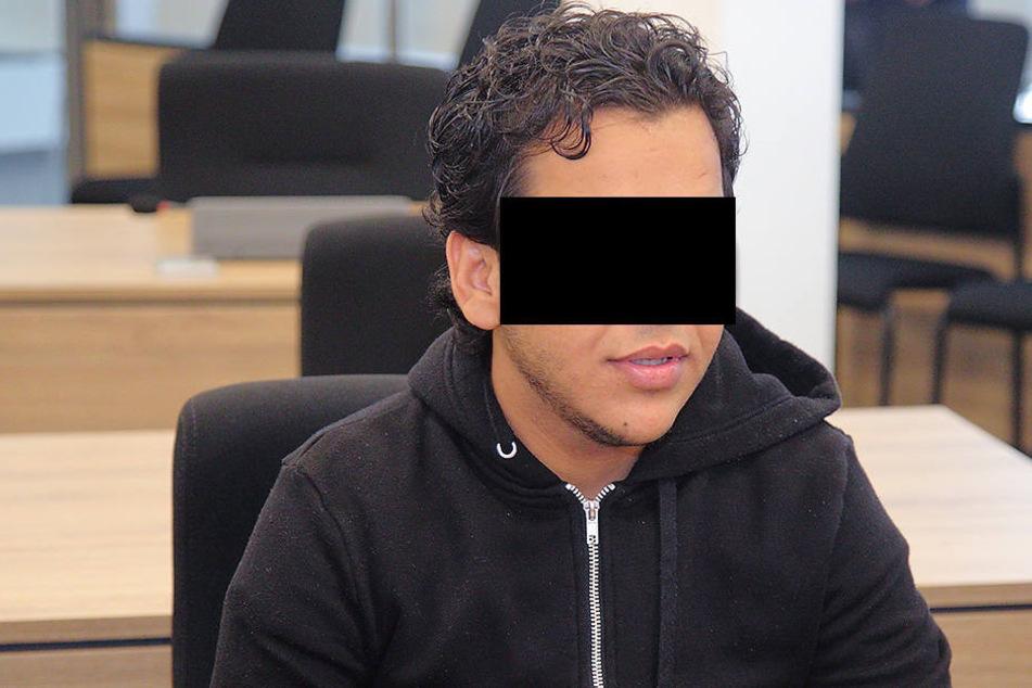 Nasser A. (25) vor Gericht in Dresden. Es gibt Zweifel, ob er die Wahrheit sagt.