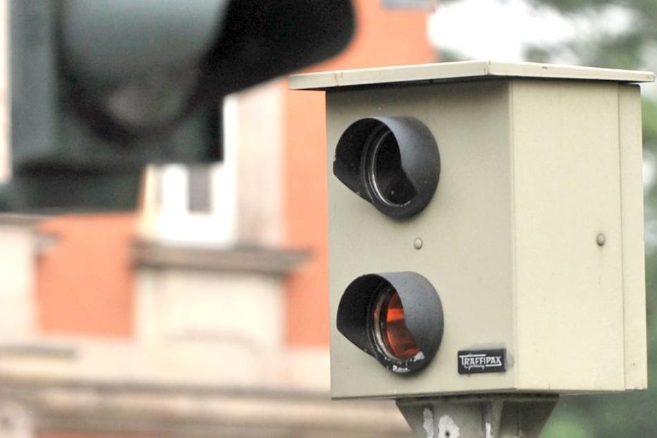 Acht Anlagen abgeschaltet : Düsseldorfer Blitzern fehlt Zulassung