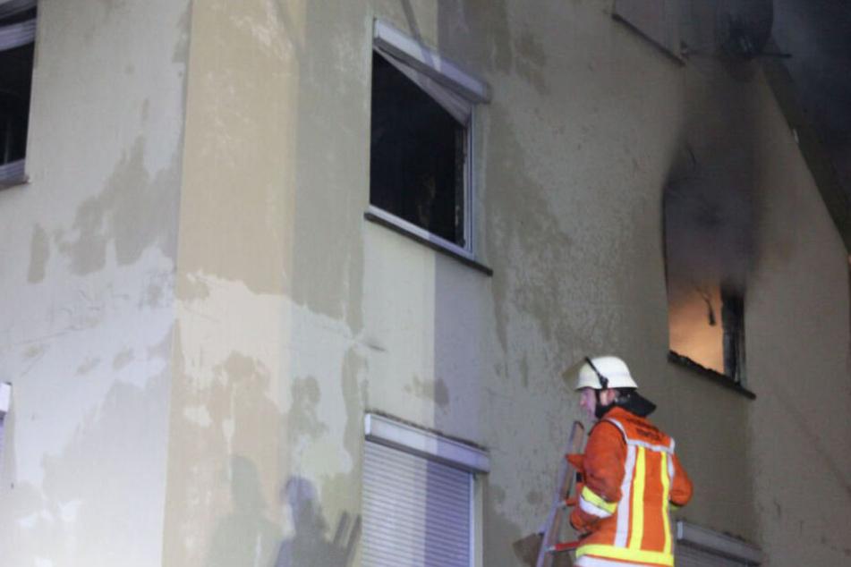 Vier Menschen hielten sich zum Zeitpunkt des Brands noch im Gebäude auf.