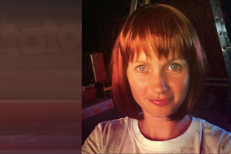 """Umso mehr schockte die gebürtige Dresdnerin mit ihrer """"neuen"""" Haarpracht: Ein kurzer, roter Bobschnitt. Aber keine Angst, das ist natürlich nur eine Perücke."""