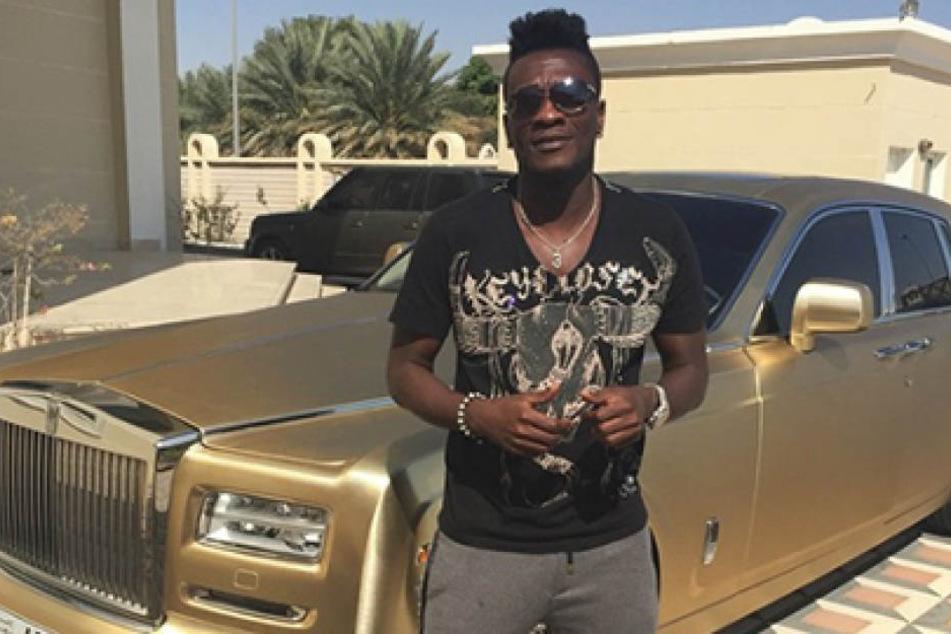 Fußballstar verdiente eine Million Euro im Monat, jetzt ist sein Konto leer