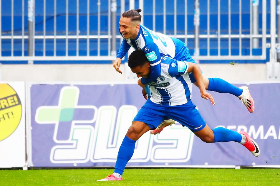 Baris Atik (26, o.) war in der Rückrunde beim 1. FC Magdeburg oben auf. Ob er seine starke Form auch in der neuen Saison konstant abrufen kann?