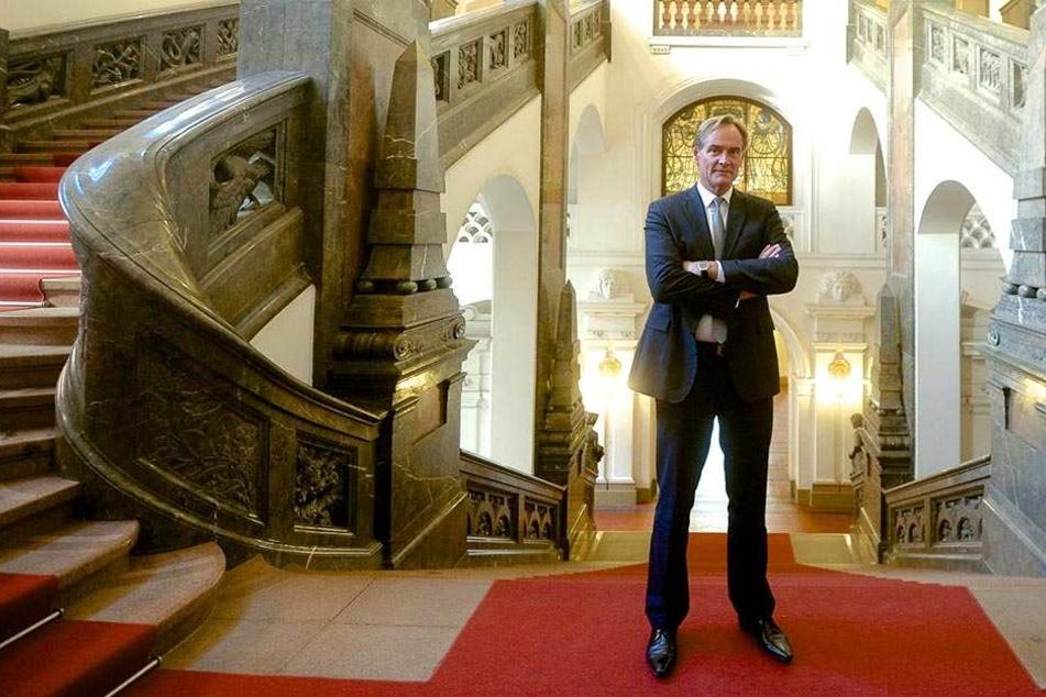 Burkhard Jung im Neuen Rathaus. Der Oberbürgermeister ist erneut der Schirmherr der Integrationsmesse.