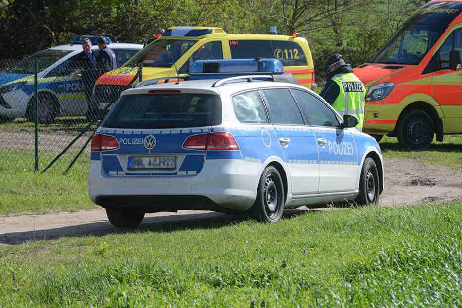Die Polizei soll fand das Unfallfahrzeug nicht. (Symbolbild)