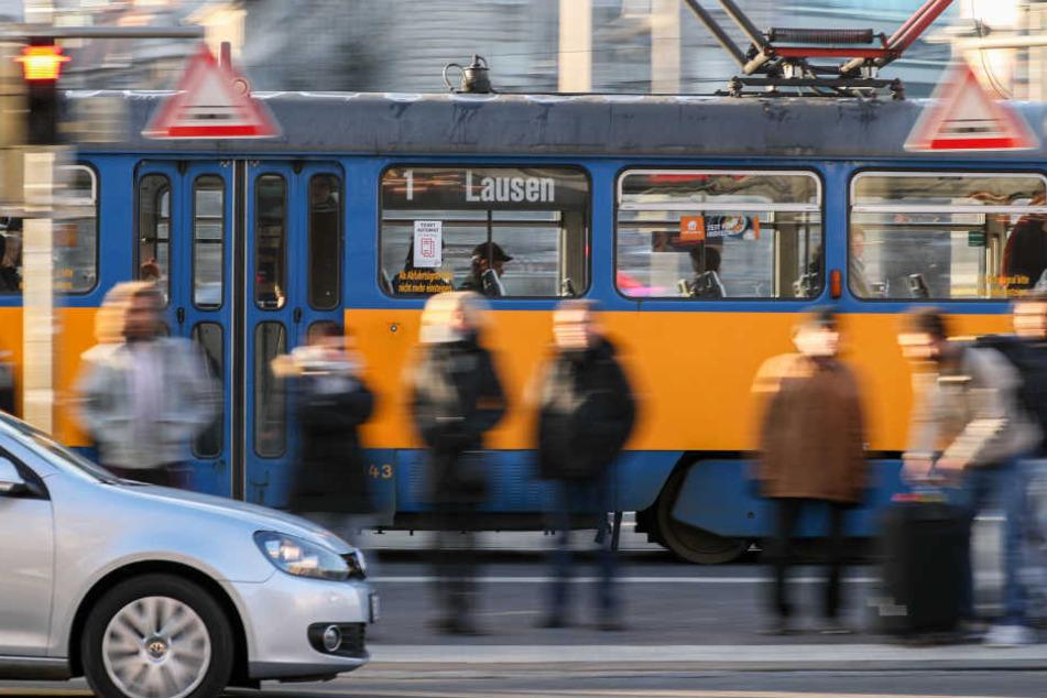 Die Volkshochschule will während einer Straßenbahnrundfahrt über die Zukunft Leipzigs in Europa diskutieren. (Symbolbild)