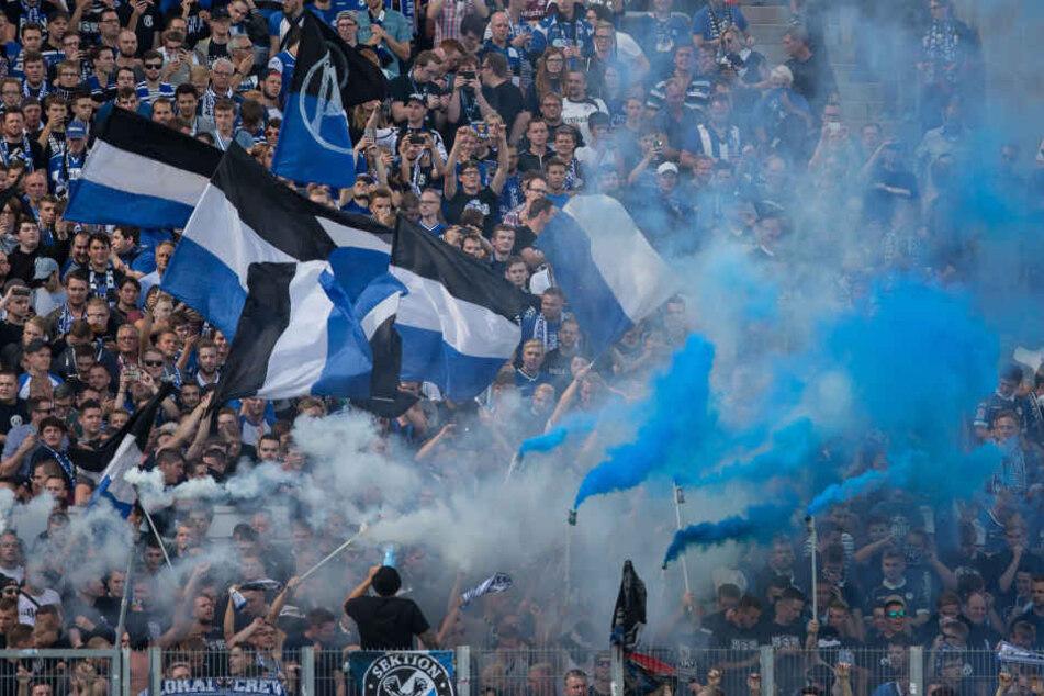 Die Bielefelder Ultra-Szene besteht aus insgesamt etwa 400 Personen.