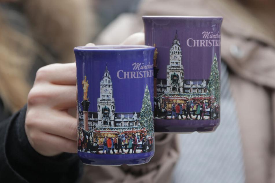 Am Münchner Christkindlmarkt muss man lange nicht so viel bezahlen, wie für die Luxus-Glühwein.