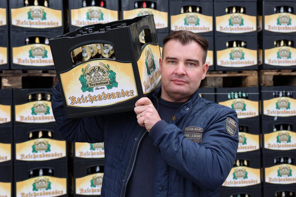 """Brauerei-Geschäftsführer Michael Bergt (36) soll sein Bier wieder als """"Reichenbrander"""" verkaufen."""