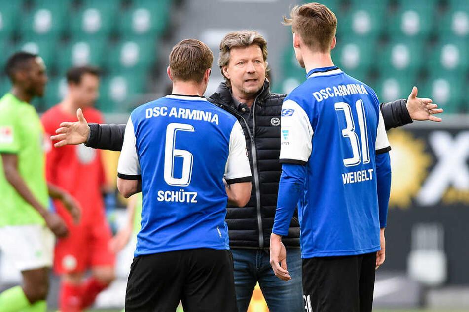 Tom Schütz (l.) und Henri Weigelt (r.) sollen in der Innenverteidigung getestet werden.