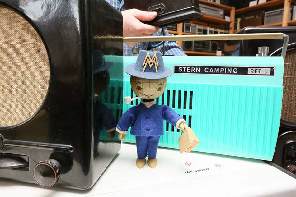 """Hier ein Kombinat Sternradio in der """"Camping""""-Ausführung."""