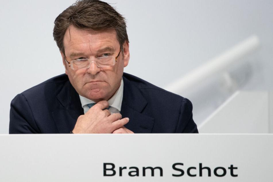 Audi-Chef Bram Schot will im Unternehmen rund 22 Milliarden Euro einsparen.