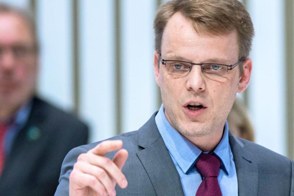 Mehrfach Neg** gesagt: AFD-Politiker sorgt für Eklat im Landtag