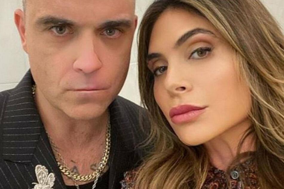 Zusammen mit seiner Frau Ayda Field (41) hat der Sänger vier gemeinsame Kinder.