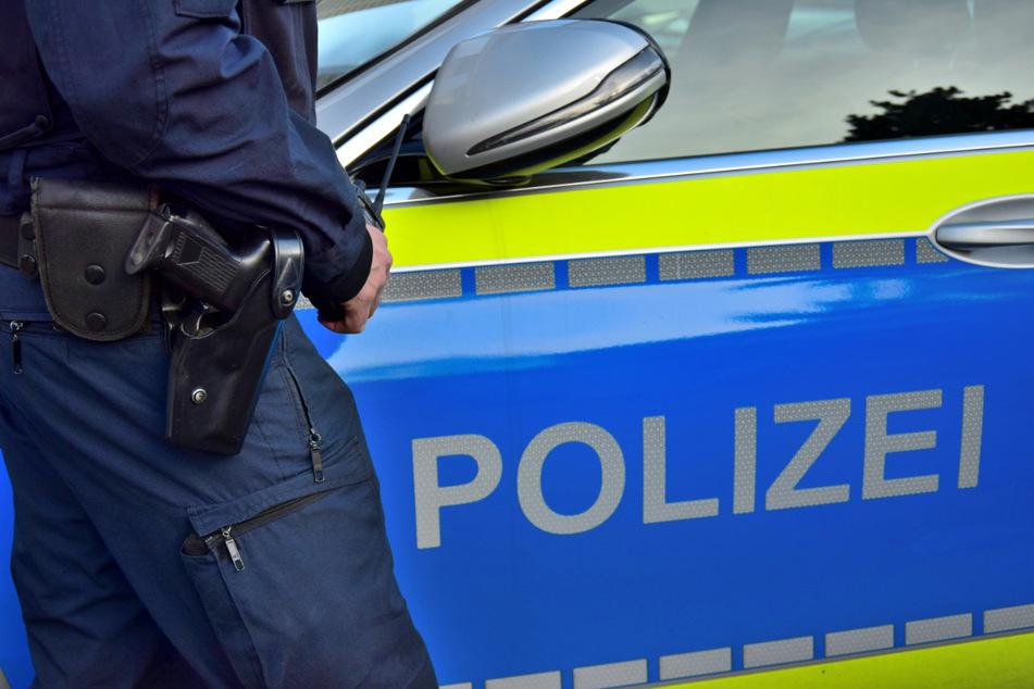 Polizisten konnten den flüchtigen Tatverdächtigen erwischen. (Symbolbild)