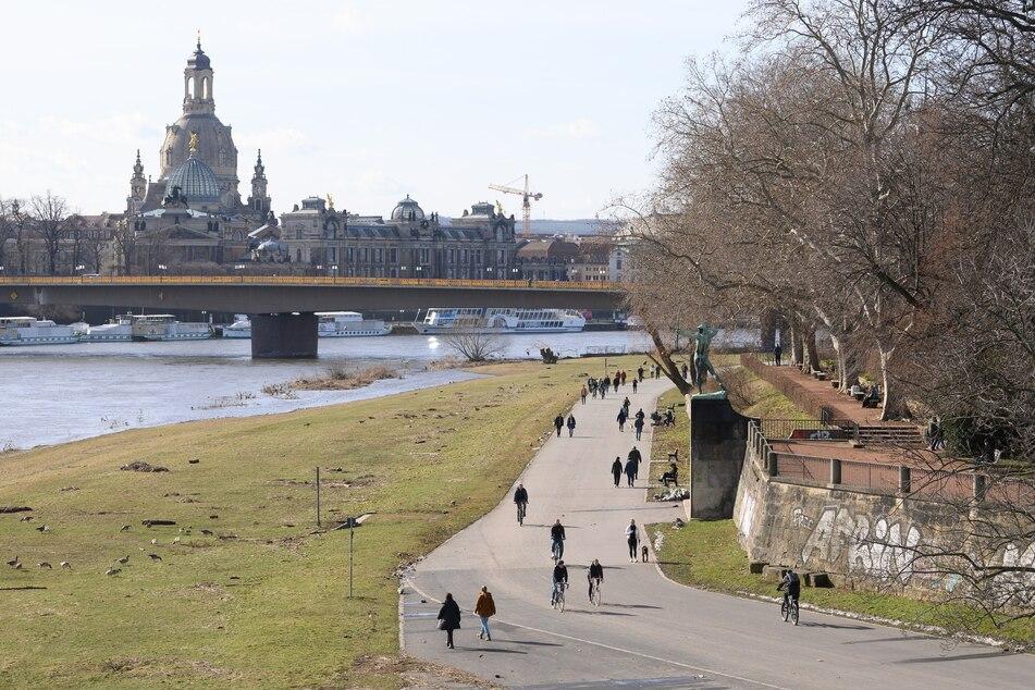 Frühlingswetter in Dresden. Die Inzidenz der Stadt liegt unter dem sachsenweiten Durchschnitt.
