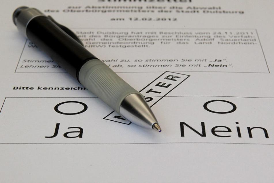 Ein Muster-Stimmzettel für eine Bürgermeister-Abwahl.