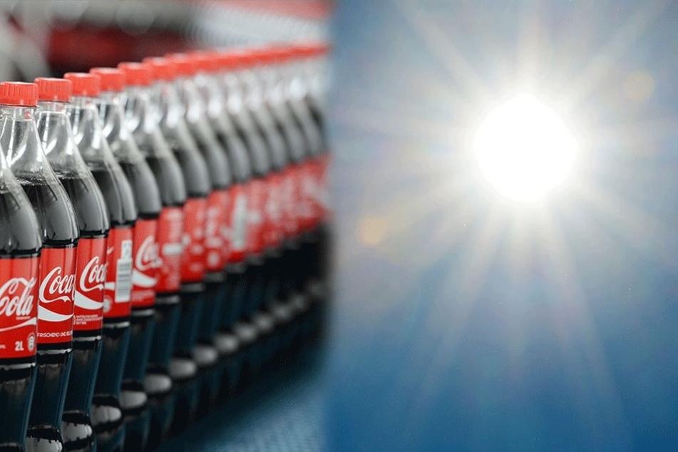 Kalte Cola im Sommer ist erstmal kein Problem, aber wenn man sich damit eincremen will, dann schon. (Symbolbild).