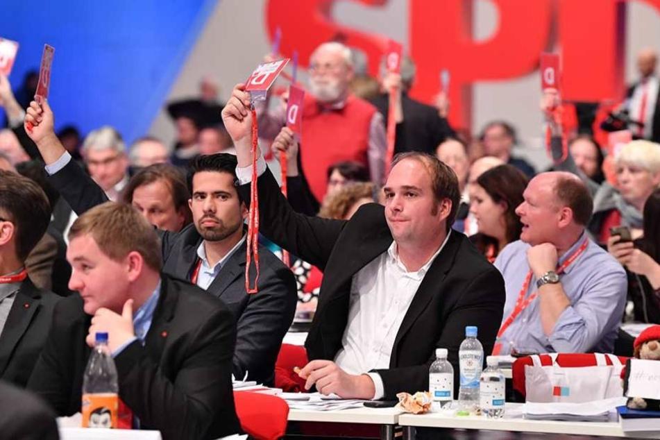 Die SPD-Mitglieder stimmten für Verhandlungen mit der CDU.