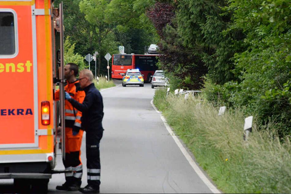 Die Autofahrer, die direkt vor der Vollsperrung landeten, wurden rückwärts zur Ausfahrt geleitet.