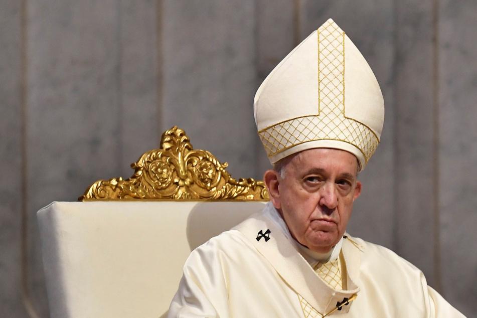 Papst Franziskus (83) pocht auf striktes Einhalten von Traditionen.