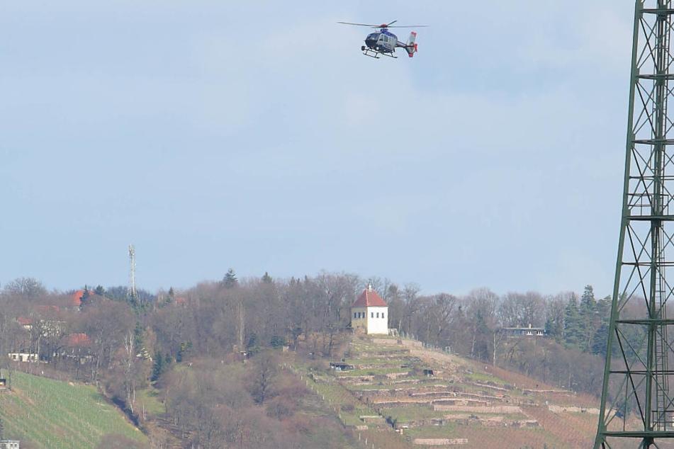 Seit Sonntagmorgen wird eine 79-Jährige aus Radebeul vermisst. Die Polizei sucht mit einem Helikopter (Symbolbild).