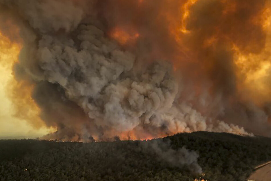 Der Buschbrand in Bairnsdale, Australien.