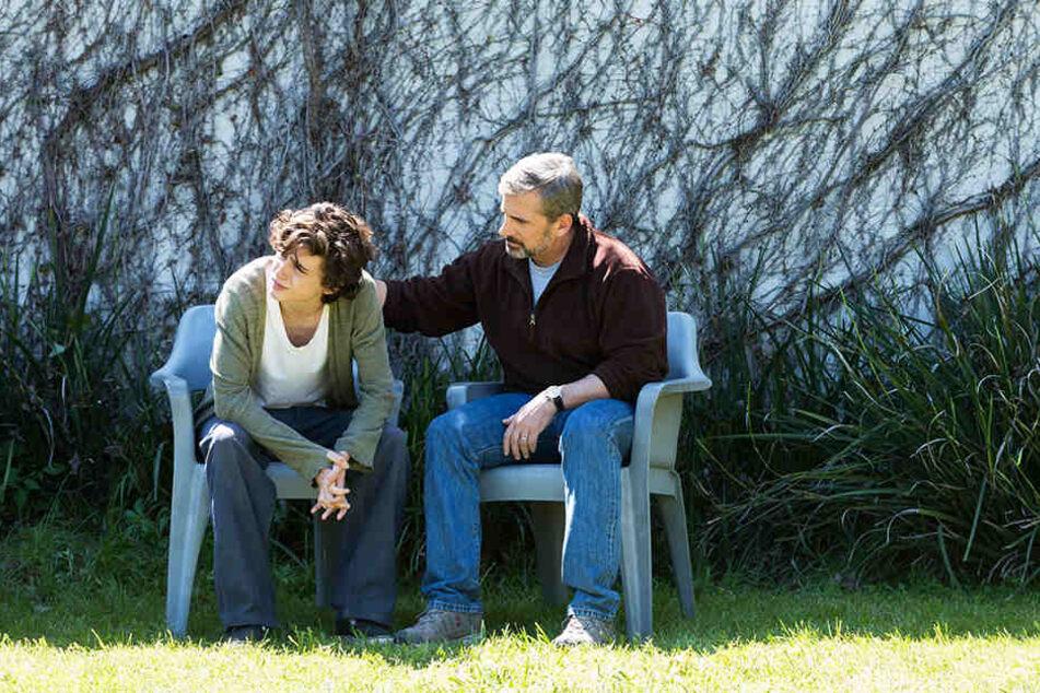 David Sheff (r., Steve Carrell) versucht alles, um zu seinem Sohn Nic (Timothèe Chalamet) durchzudringen.