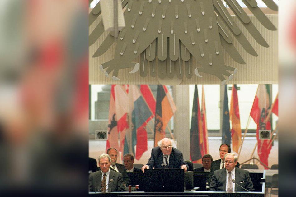 Die Rede wurde nicht einmal im Bundestags-Bulletin veröffentlicht - das war seit 1949 keinem Alterspräsidenten passiert.