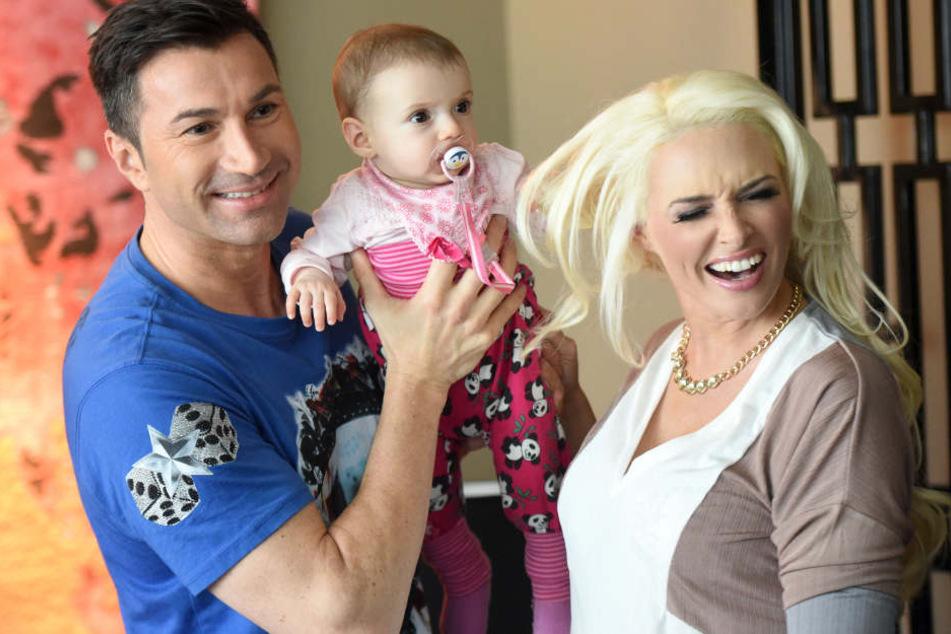 Glückliche Familie: Lucas Cordalis und Daniela Katzenberger mit Tochter Sophia.