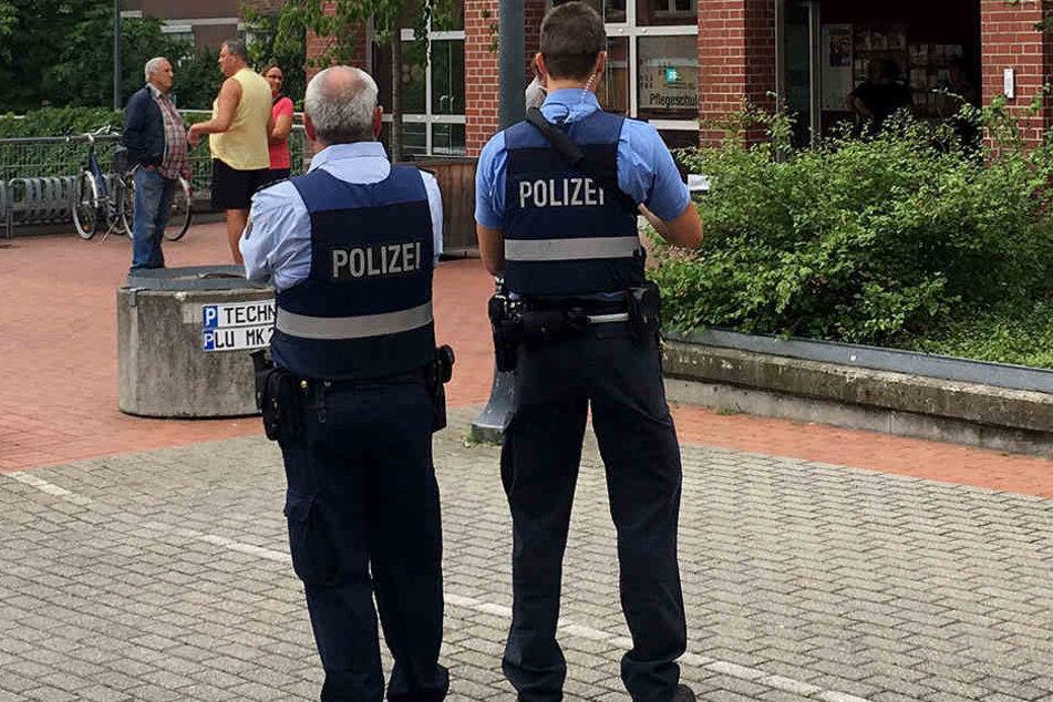 Ein Mann hatte eine Drohung gegen Ärzte und Polizisten ausgesprochen. Die Polizei schützt ein Krankenhaus.