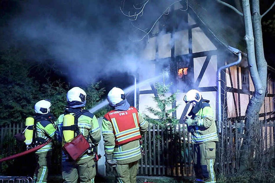 Die Feuerwehr konnte die Flammen unter Kontrolle bringen.