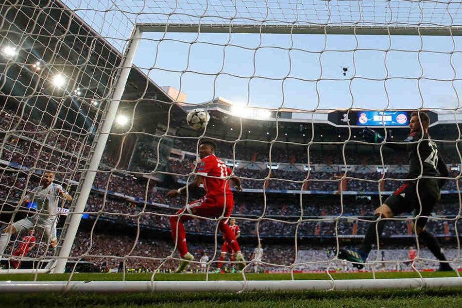 Das 1:1! Karim Benzema trifft zum Ausgleich.