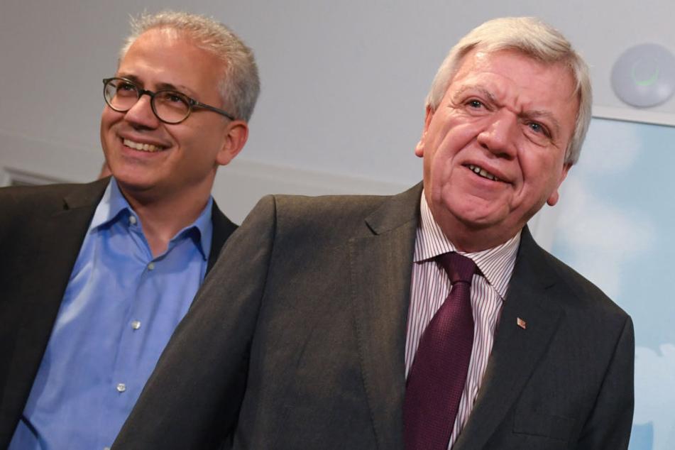 Auch Ministerpräsident Volker Bouffier (re.) und Tarek Al-Wazir haben fleißig verhandelt.